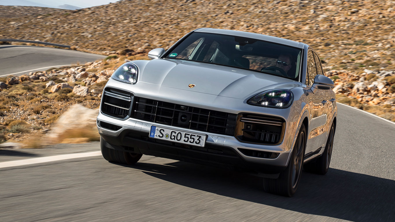 2018 porsche cayenne first drive review it s a winner motoring research. Black Bedroom Furniture Sets. Home Design Ideas