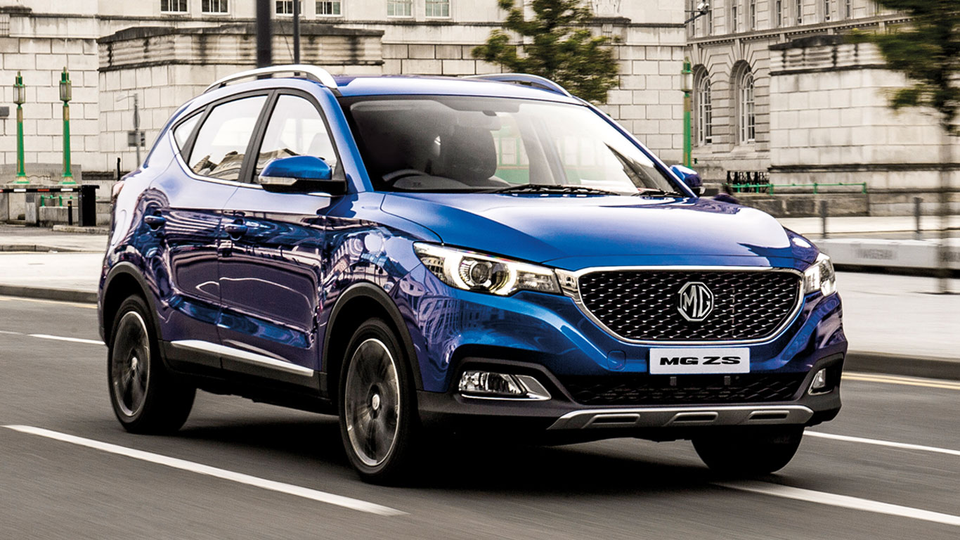 2017 mg zs first drive review cheap but not cheerful motoring research. Black Bedroom Furniture Sets. Home Design Ideas