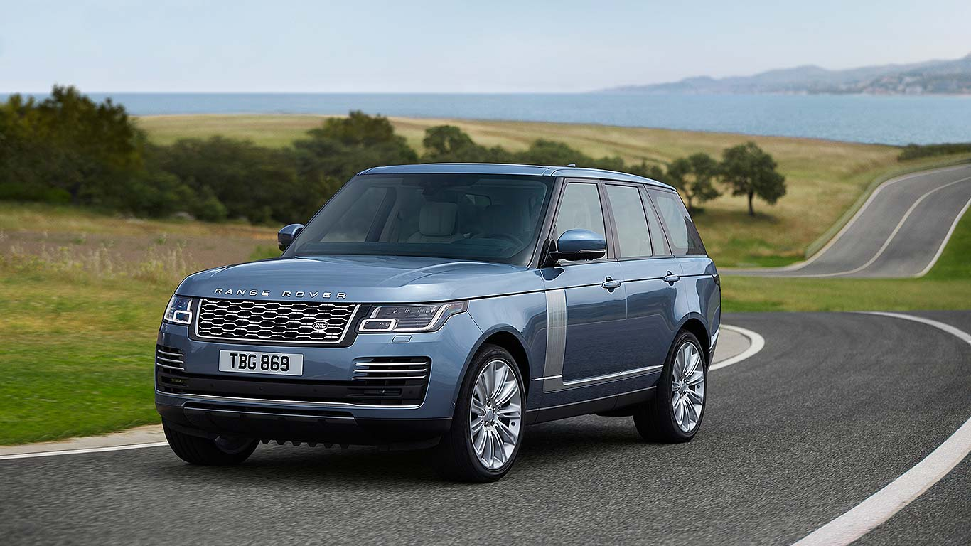 New 2018 Range Rover Will Now Drive On Electric