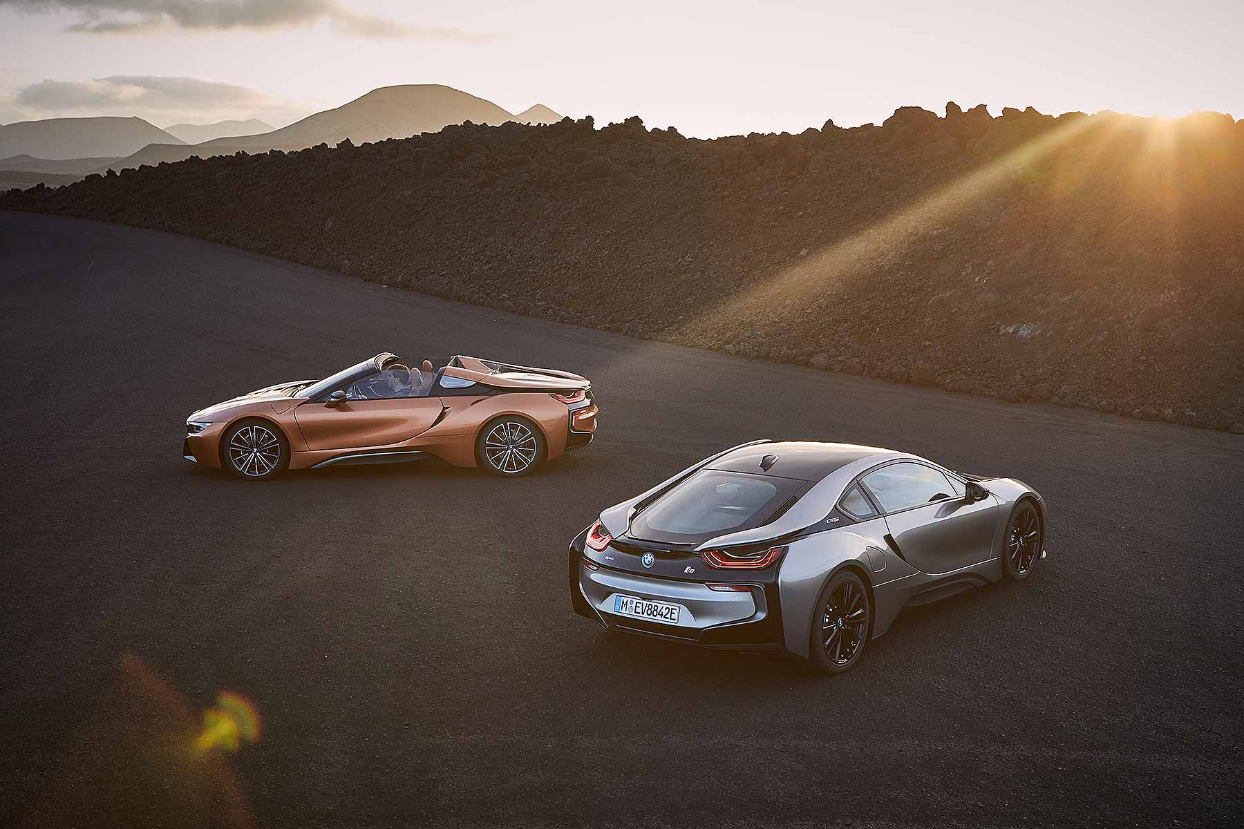 2018 BMW i8 Coupe and i8 Roadster