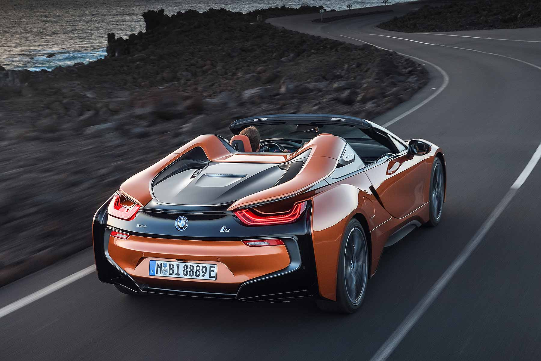 Bmw Has Finally Revealed The I8 Roadster In La Motoring Research