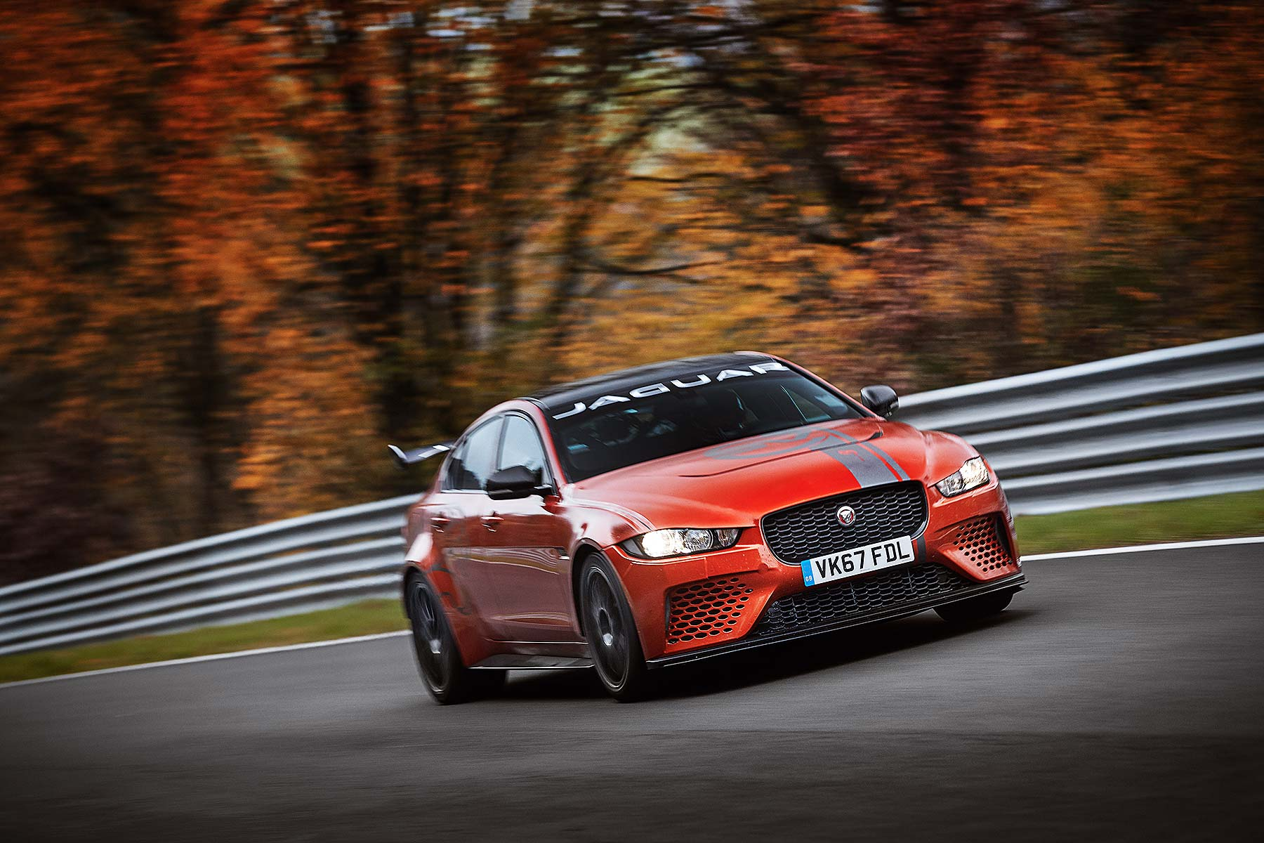Jaguar XE SV Project 8 Nürburgring