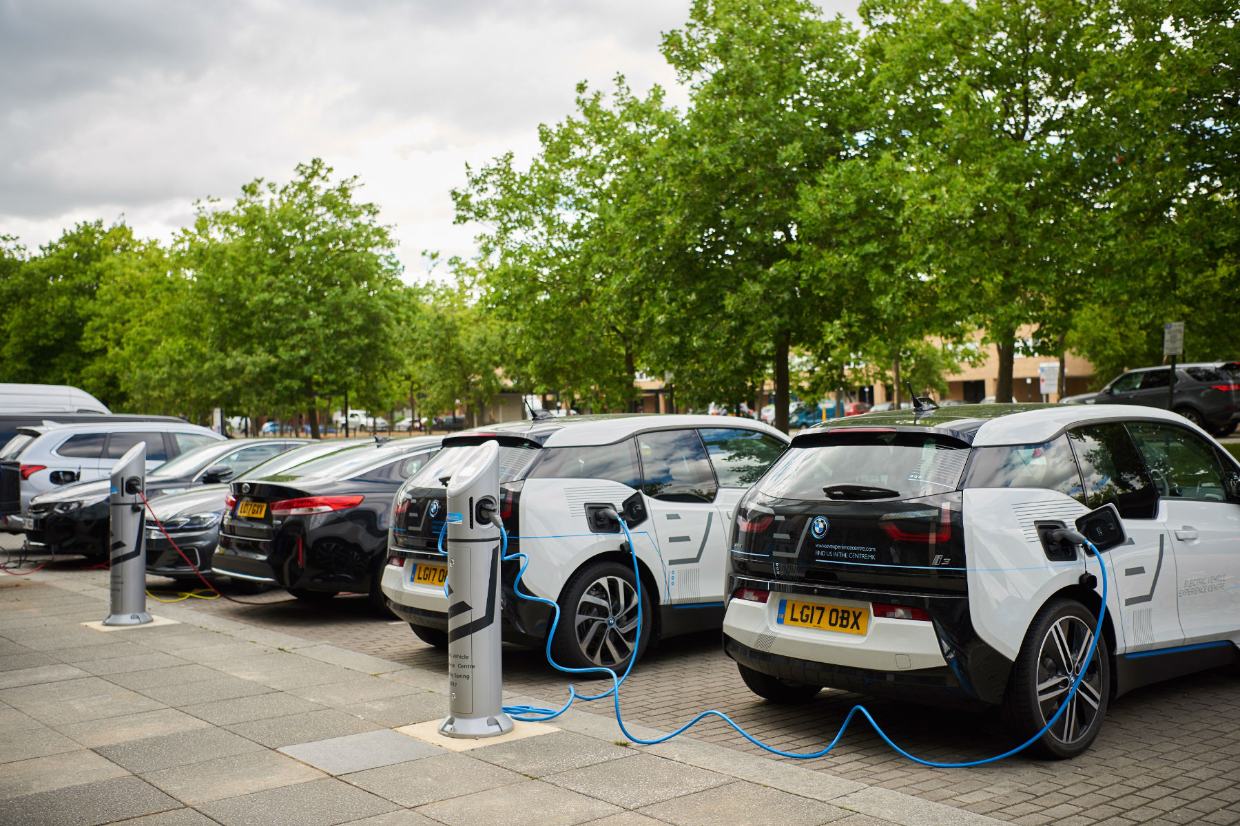 There Could Be 200 000 Electric Cars On Uk Roads By 2019