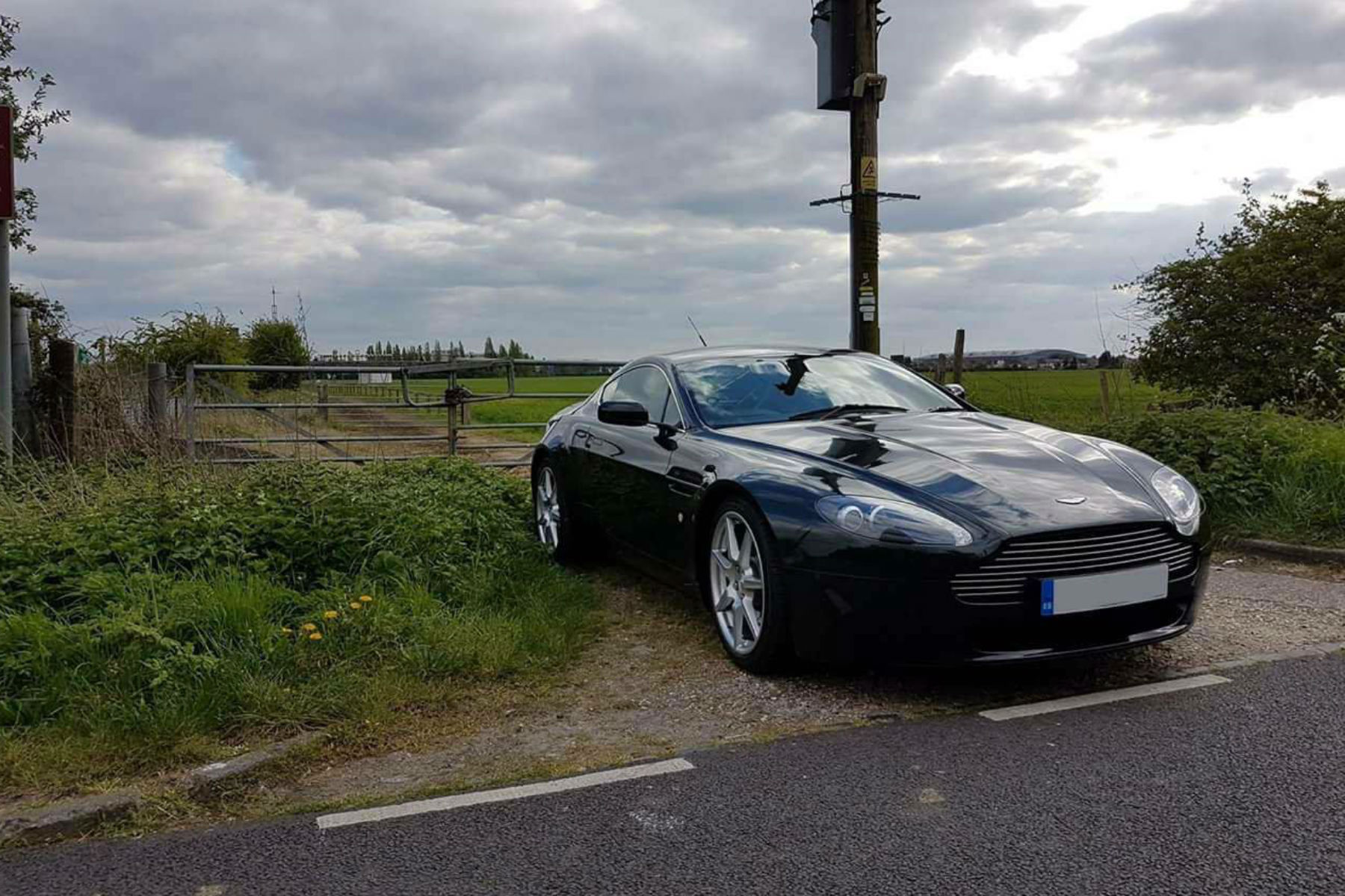 You can now buy an Aston Martin V8 Vantage for £30,000