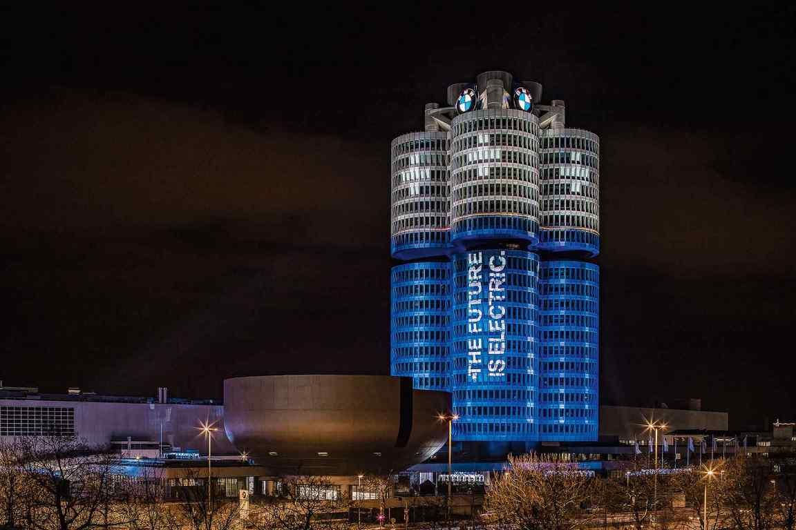 BMW Munich HQ lit like a battery