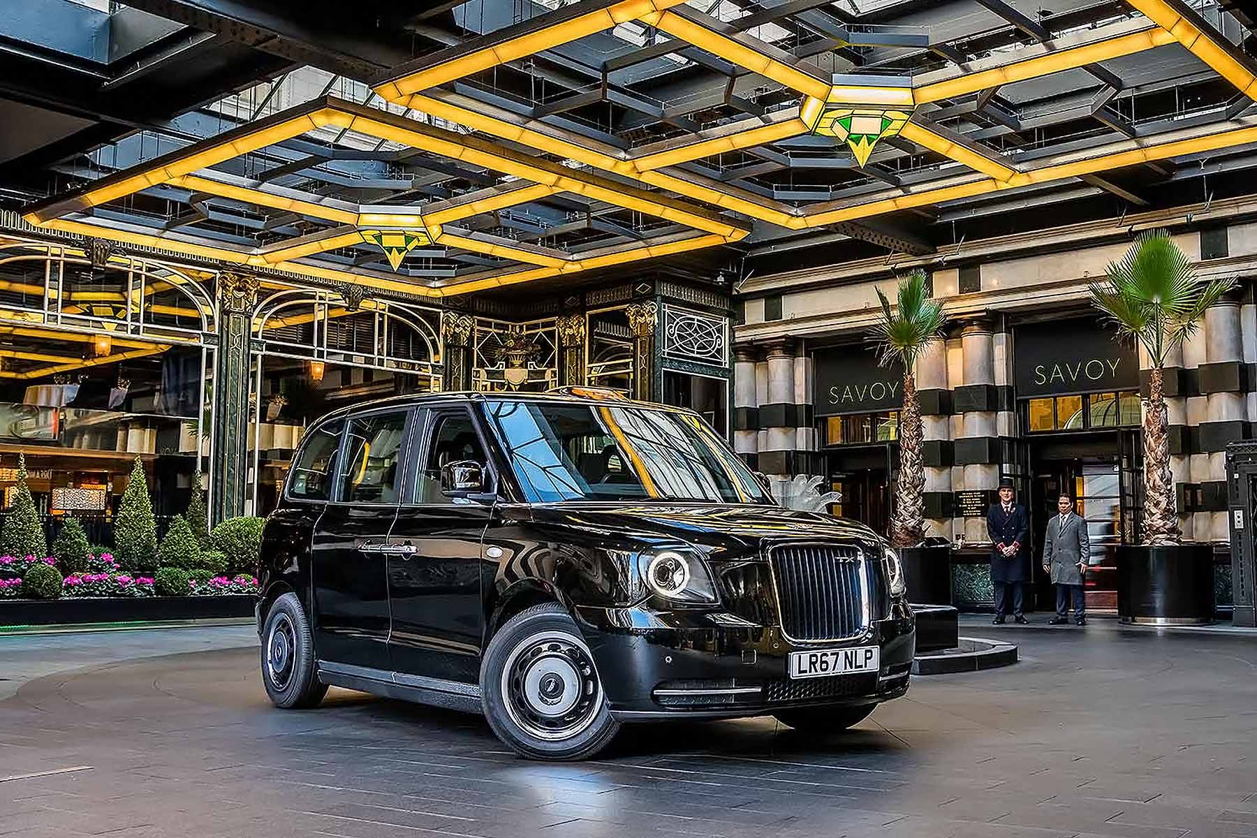 New Electric London Taxi Ready For Pengers