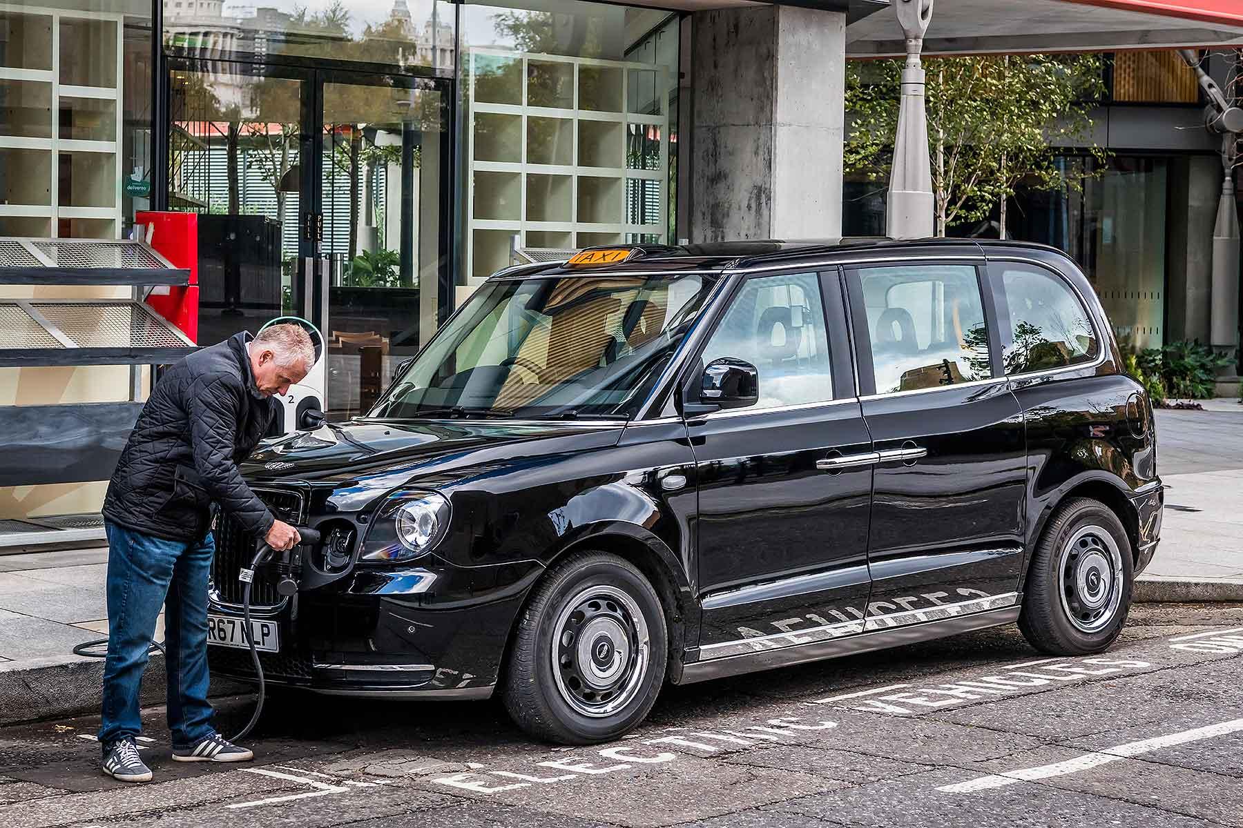 LEVC TX eCity London Taxi