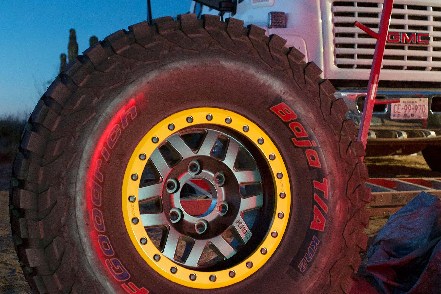 Trophy truck tire