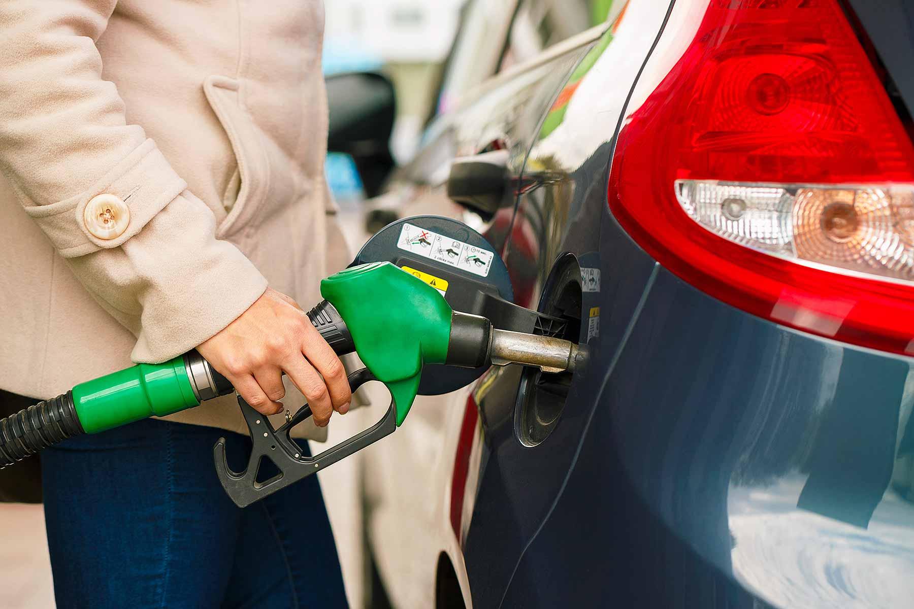 Unleaded filling pump