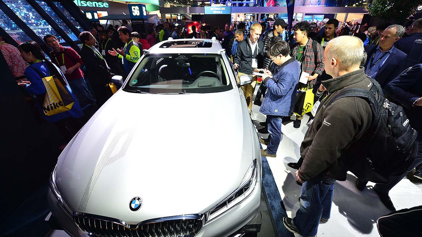 Cool Car Tech At CES Motoring Research - Ix center car show 2018
