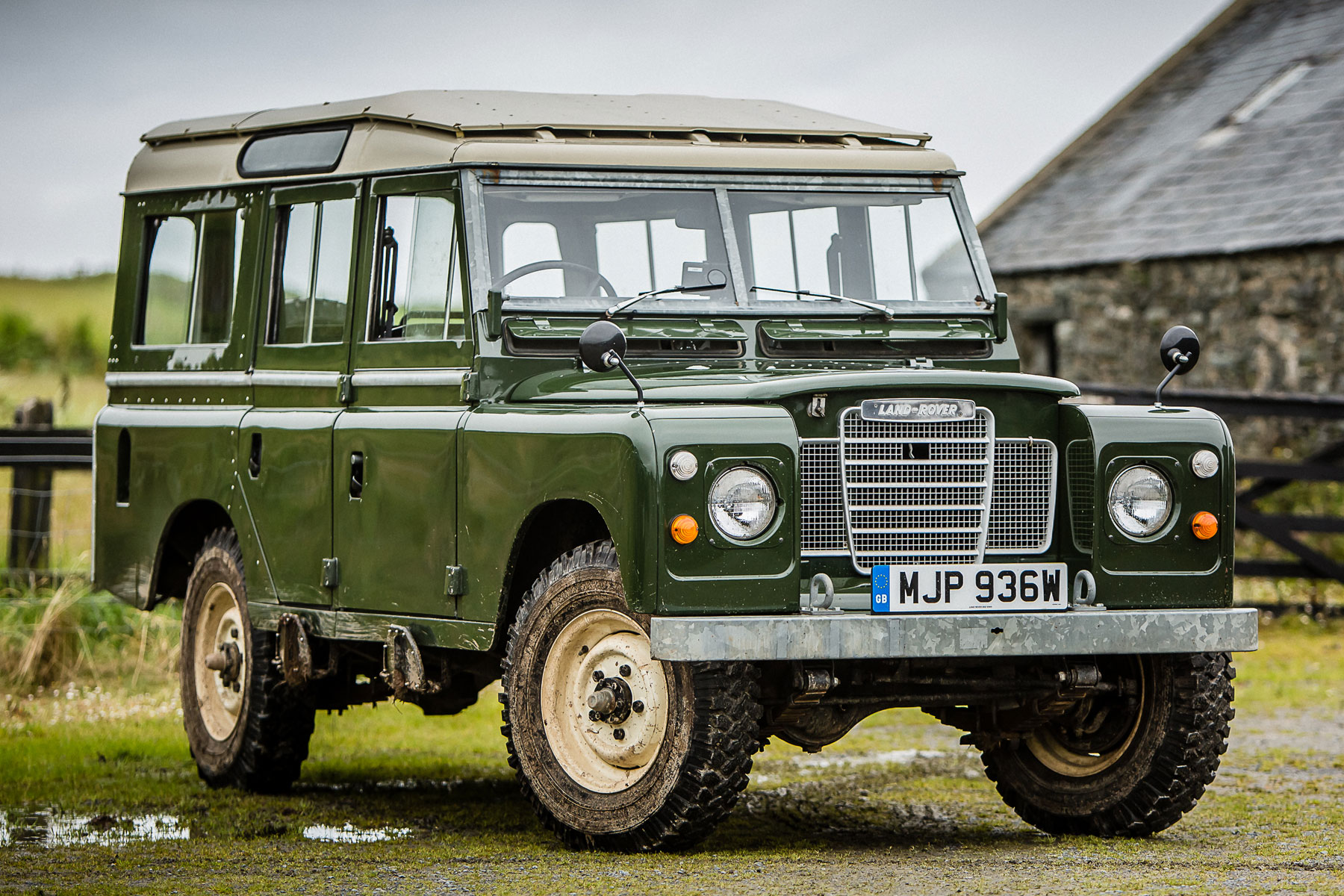 Land Rover Defender: driving 70 years of history