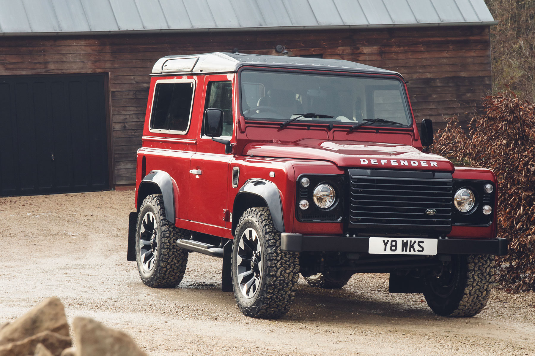 this land rover defender v8 will cost you 150 000 motoring research. Black Bedroom Furniture Sets. Home Design Ideas