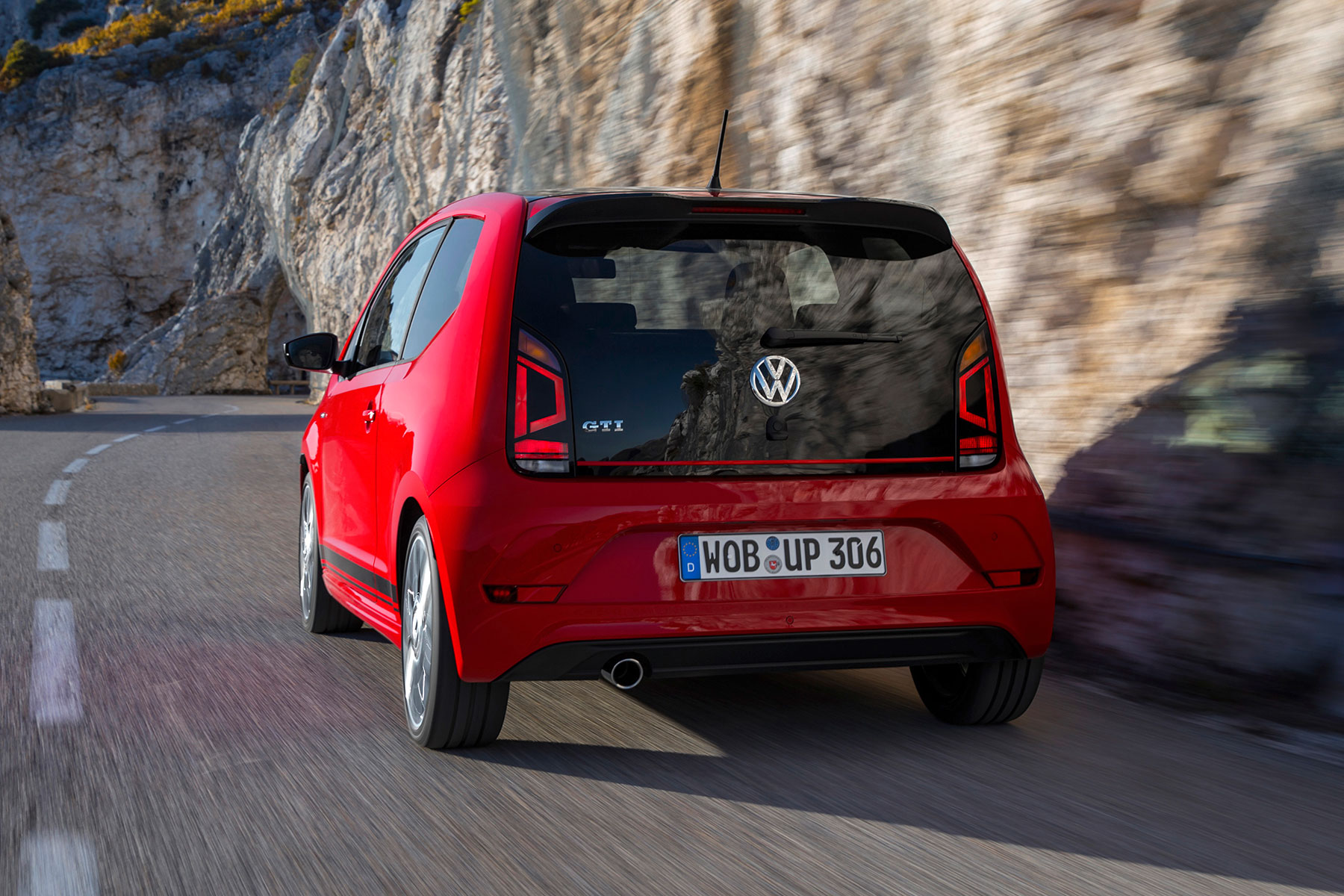 2018 volkswagen up gti first drive an antidote to the 310hp golf r. Black Bedroom Furniture Sets. Home Design Ideas