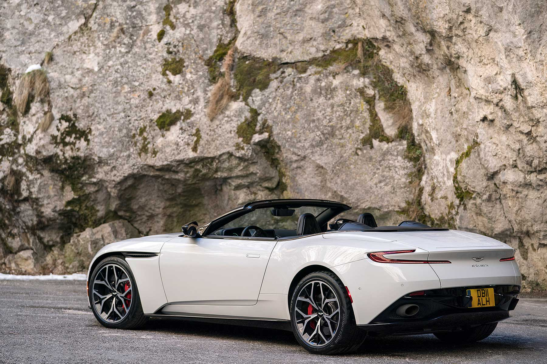 2018 aston martin db11 volante first drive review its no soft option motoring research. Black Bedroom Furniture Sets. Home Design Ideas
