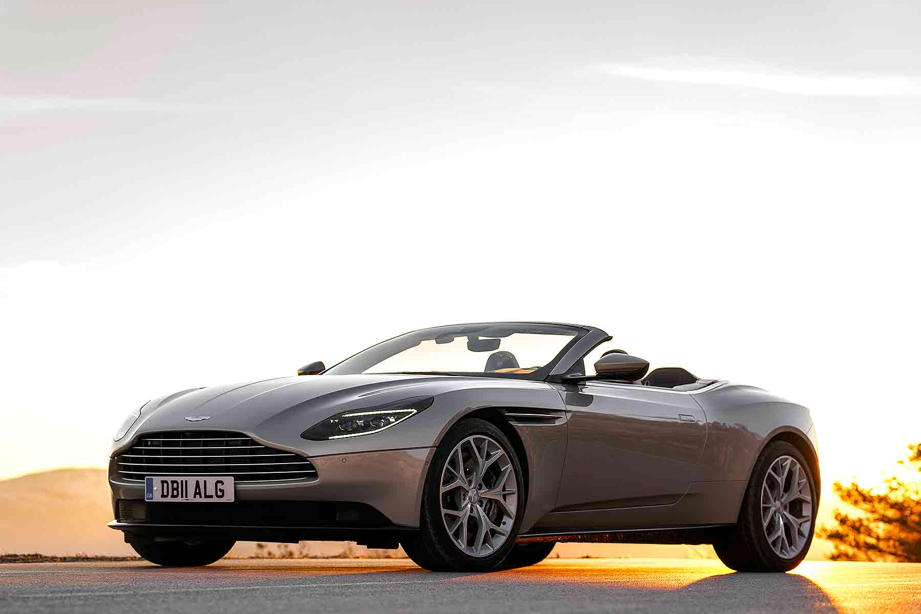 Aston Martin Is Now A Darling For Investors Motoring Research - 2018 aston martin db9 coupe