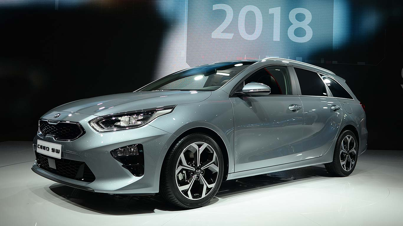 2018 kia ceed and sportswagon revealed in geneva. Black Bedroom Furniture Sets. Home Design Ideas