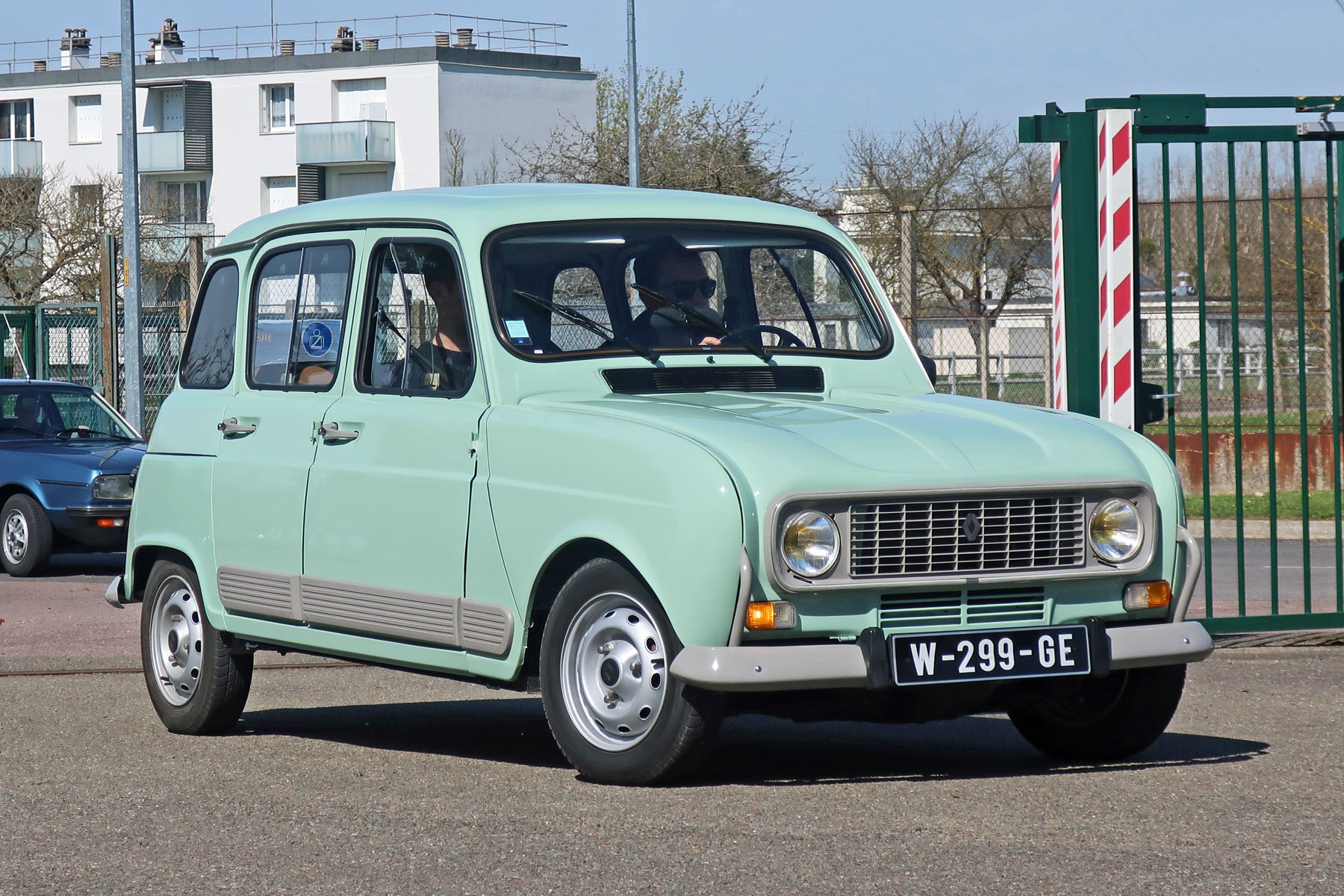 Renault 4 Gtl Review Retro Road Test