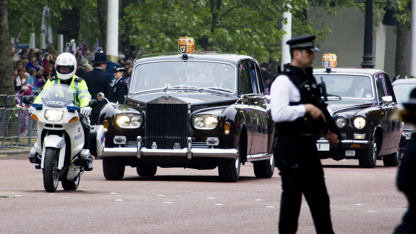 Royal wedding cars of the world