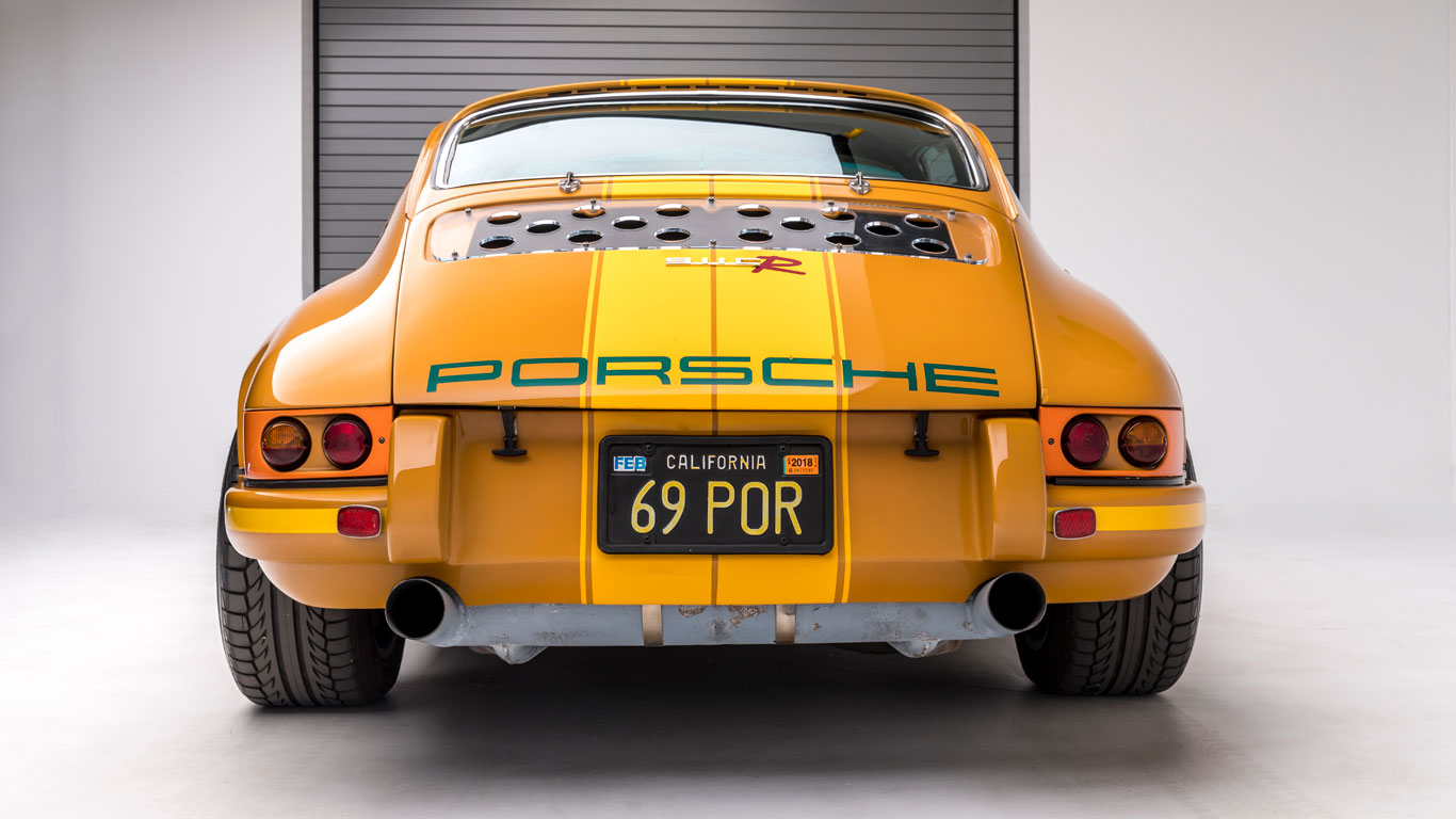 Porsche Passion: an incredible sports car collection