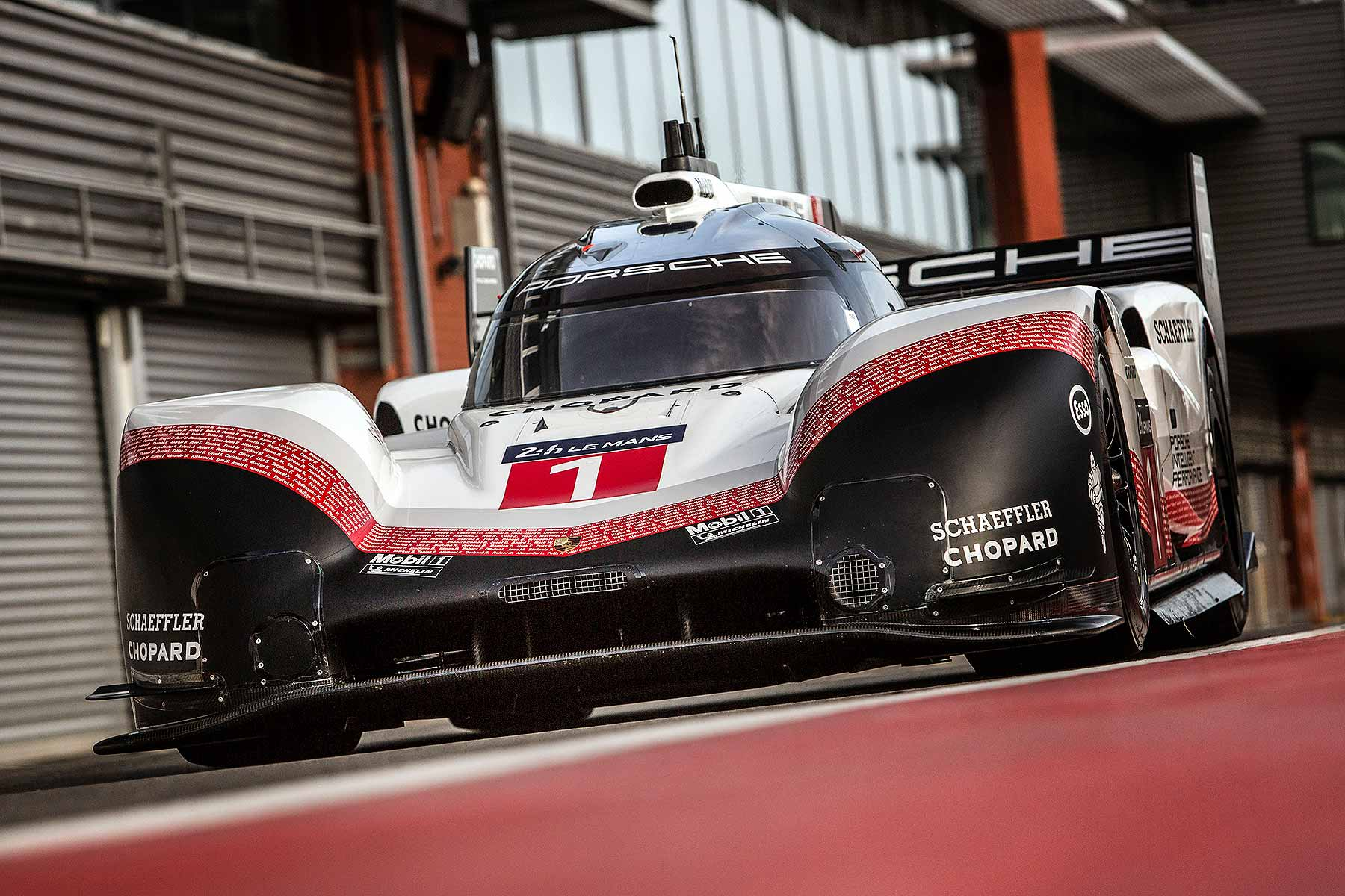 official porsche le mans racer is faster than an f1 car motoring research. Black Bedroom Furniture Sets. Home Design Ideas