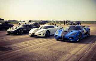 Koenigsegg Agera RSN hits 242mph on UK airfield