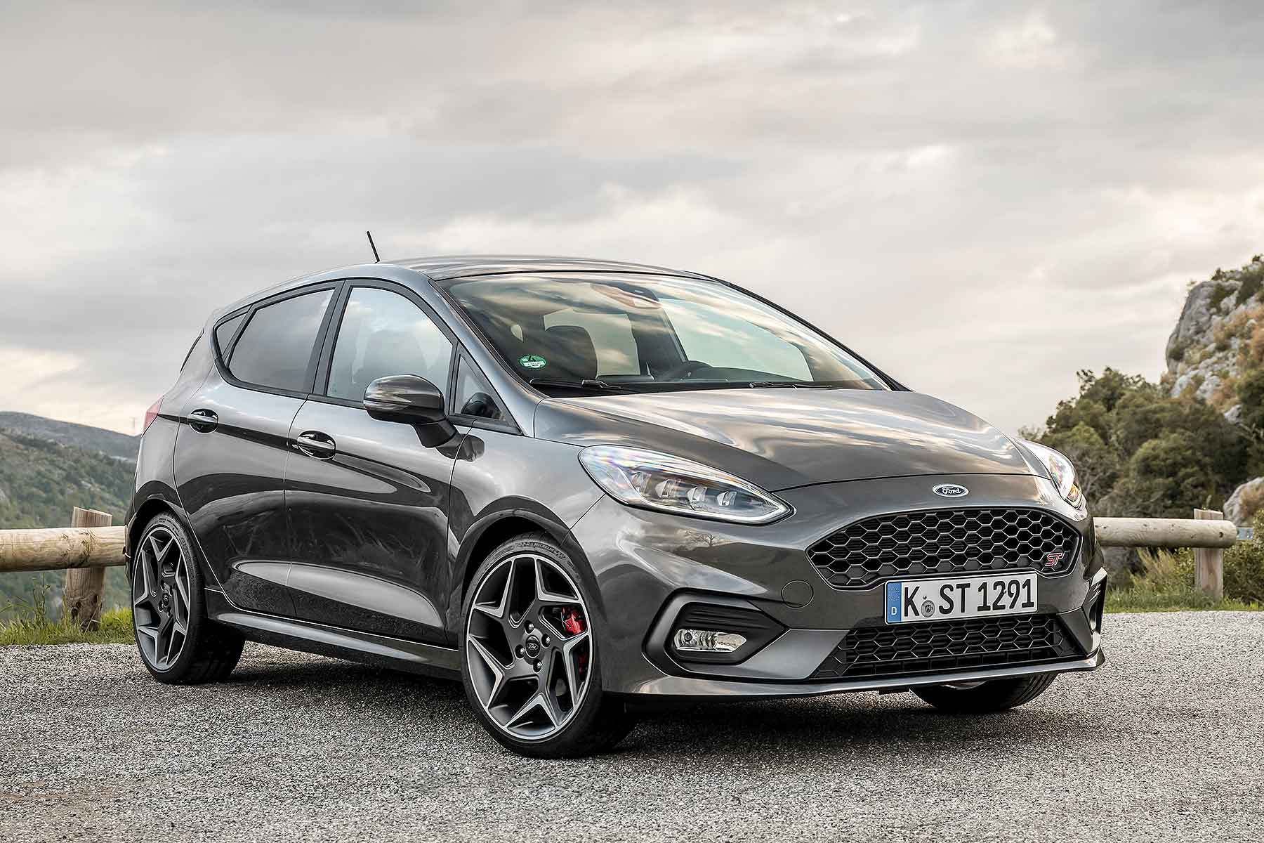 2018 ford fiesta st priced from just 18 995 motoring. Black Bedroom Furniture Sets. Home Design Ideas