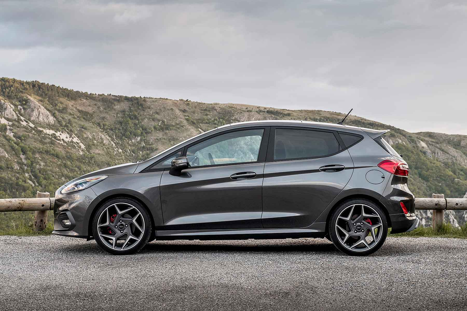 2018 ford fiesta st motoring research. Black Bedroom Furniture Sets. Home Design Ideas