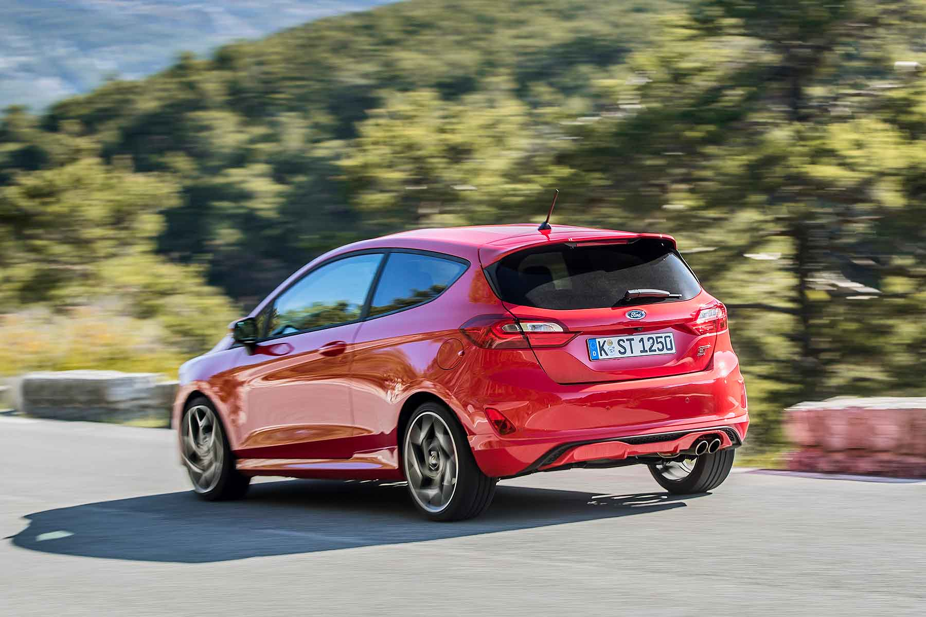 2018 Ford Fiesta ST in Race Red