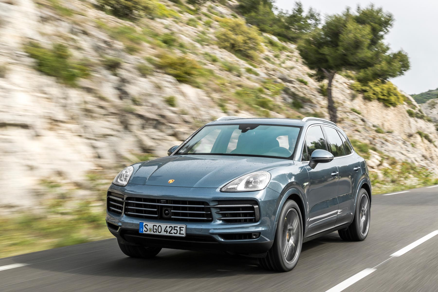 2018 Porsche Cayenne E Hybrid Review Demolishing The Case For Sel