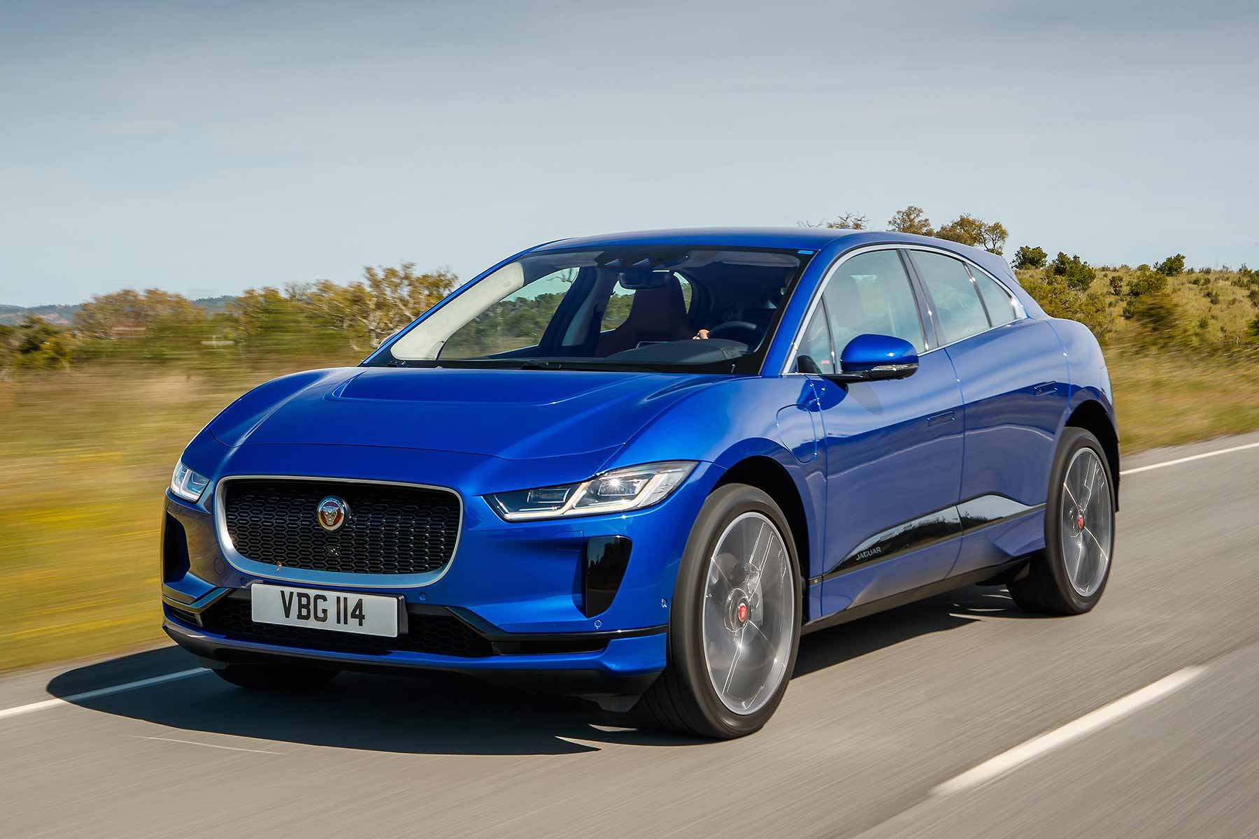 2018 jaguar i pace first drive review the i has it motoring research. Black Bedroom Furniture Sets. Home Design Ideas