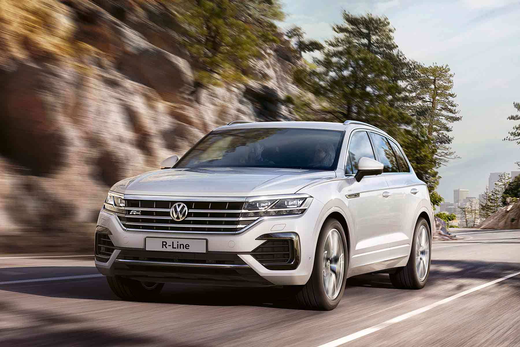 posh new volkswagen touareg suv priced from 499 a month. Black Bedroom Furniture Sets. Home Design Ideas