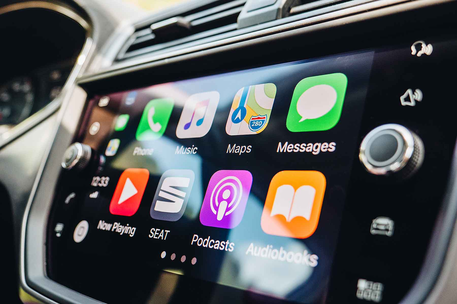 apple carplay to finally offer waze google maps motoring research. Black Bedroom Furniture Sets. Home Design Ideas