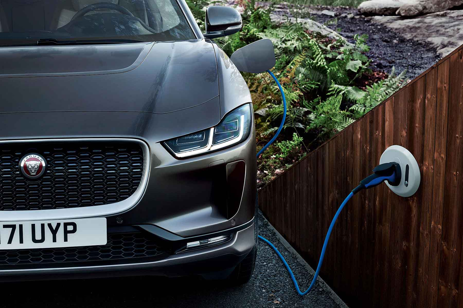 Jaguar I-Pace wallbox charging