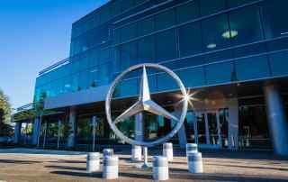 Daimler AG issues profit warning