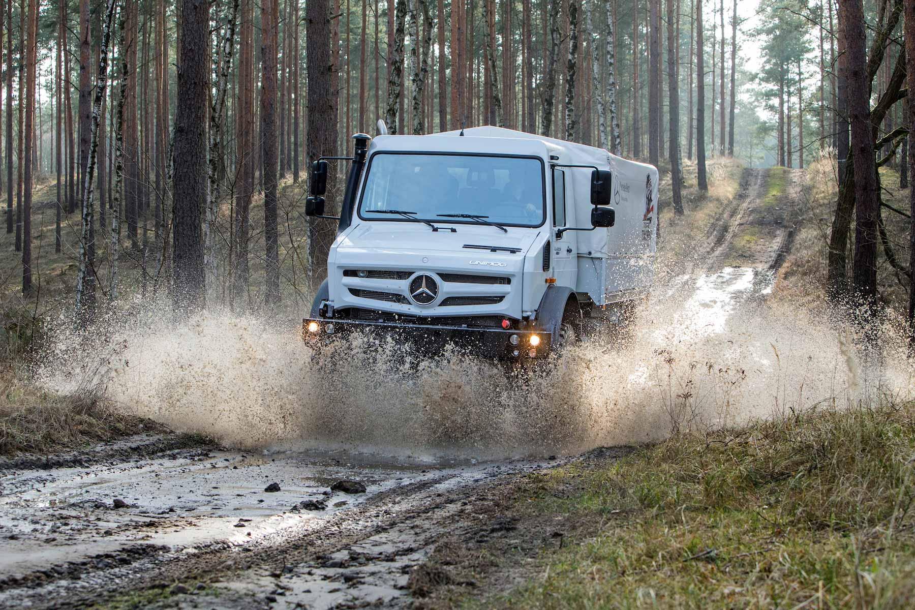 Mercedes-Benz Unimog wins again