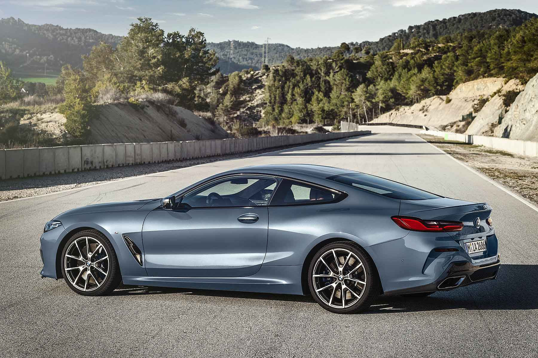 New BMW 8 Series Coupe Revealed