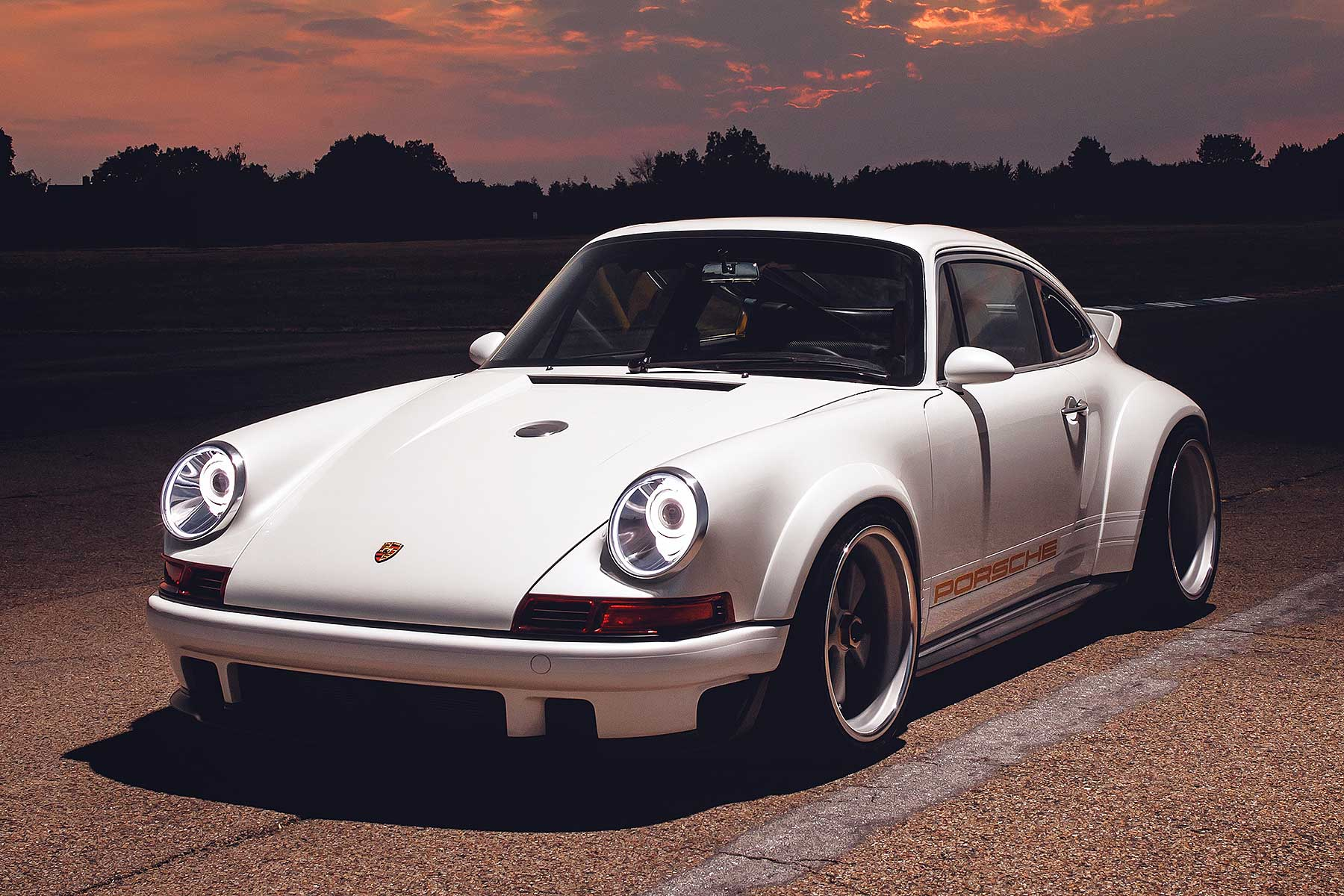 Singer And Williams Create The World S Most Advanced Retro Porsche 911 Motoring Research