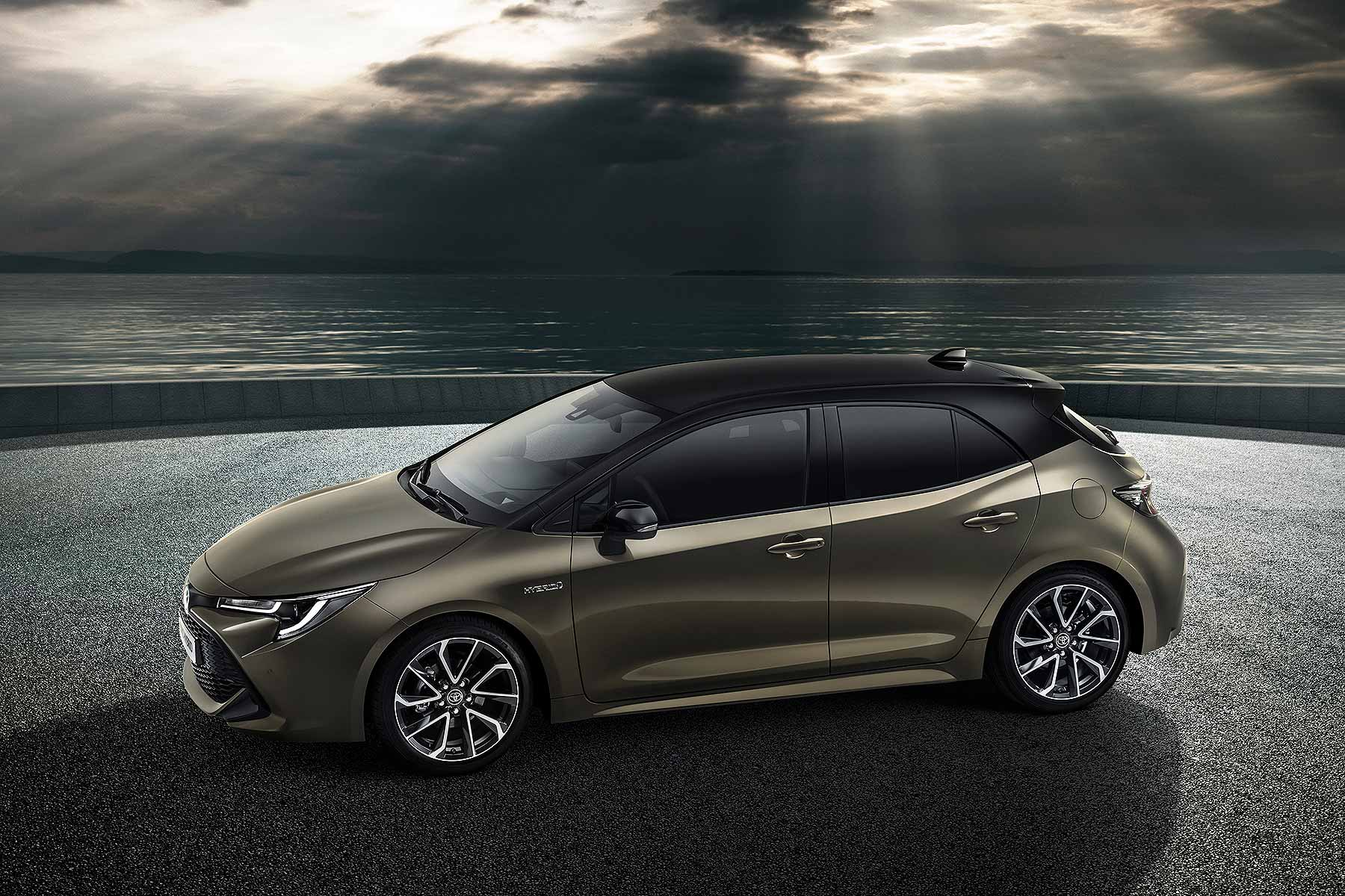 Toyota Corolla Returns Auris Name Retired For New 2019 Car