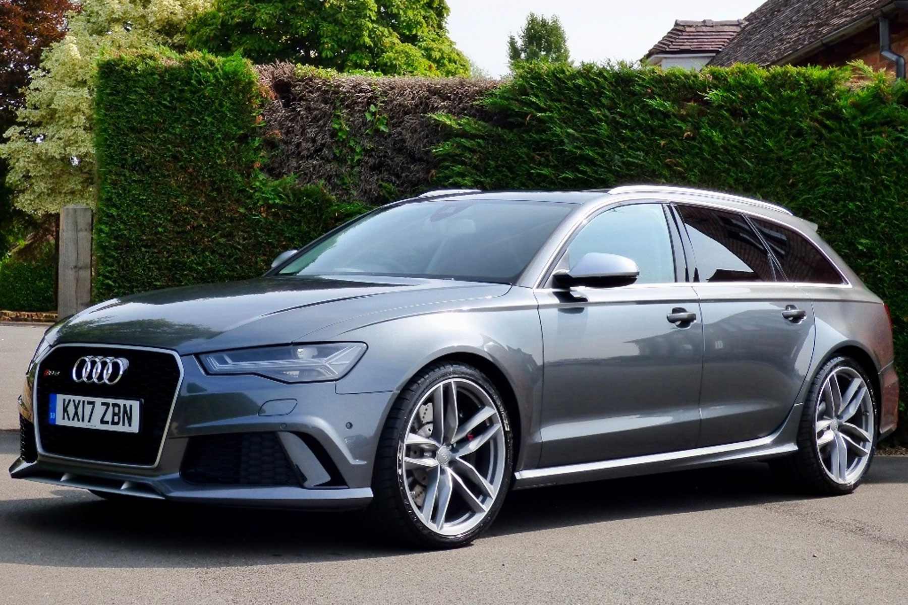 Prince Harry S Audi Rs6 Avant For Sale On Auto Trader