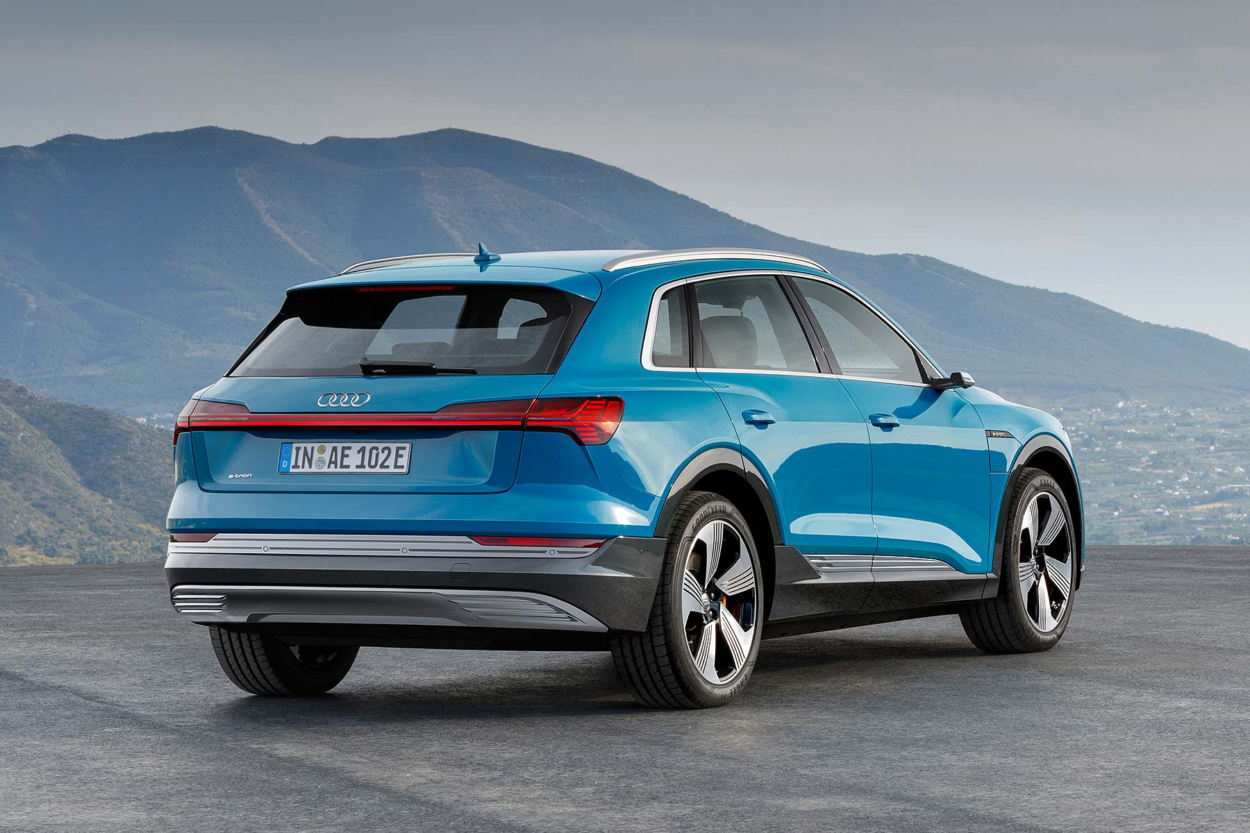 Audi Etron Electric SUV Revealed Begins Car EV Surge - Audi ev