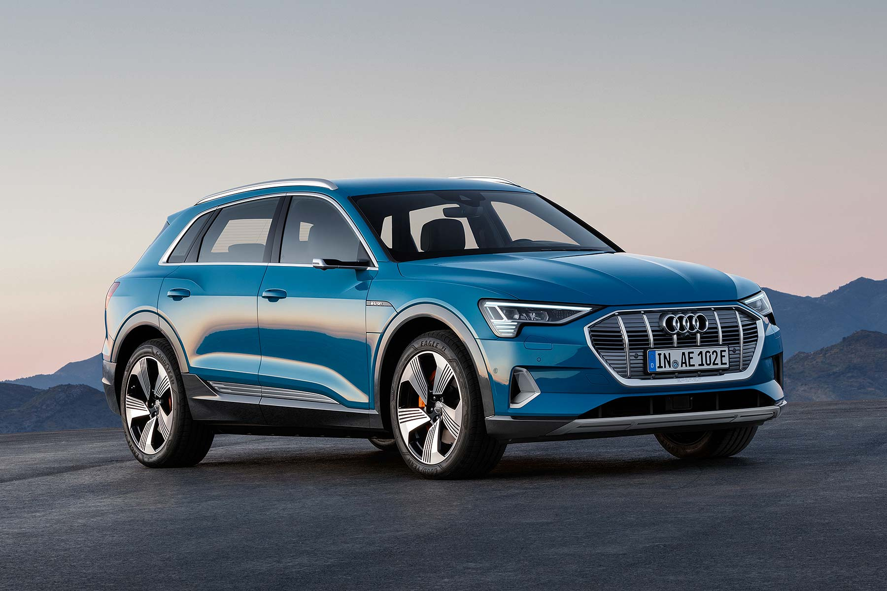 2019 audi e tron electric suv revealed begins 12 car ev surge motoring research. Black Bedroom Furniture Sets. Home Design Ideas