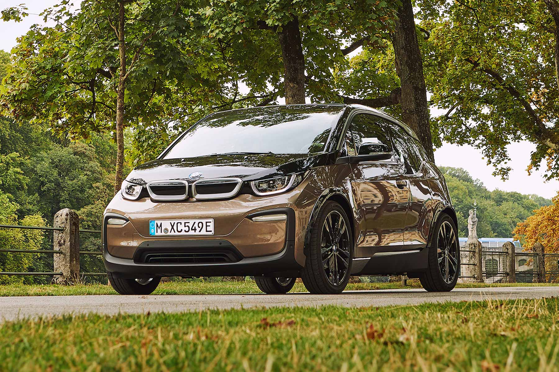 2019 Bmw I3 Electric Car Gets A Battery Boost And Longer Range