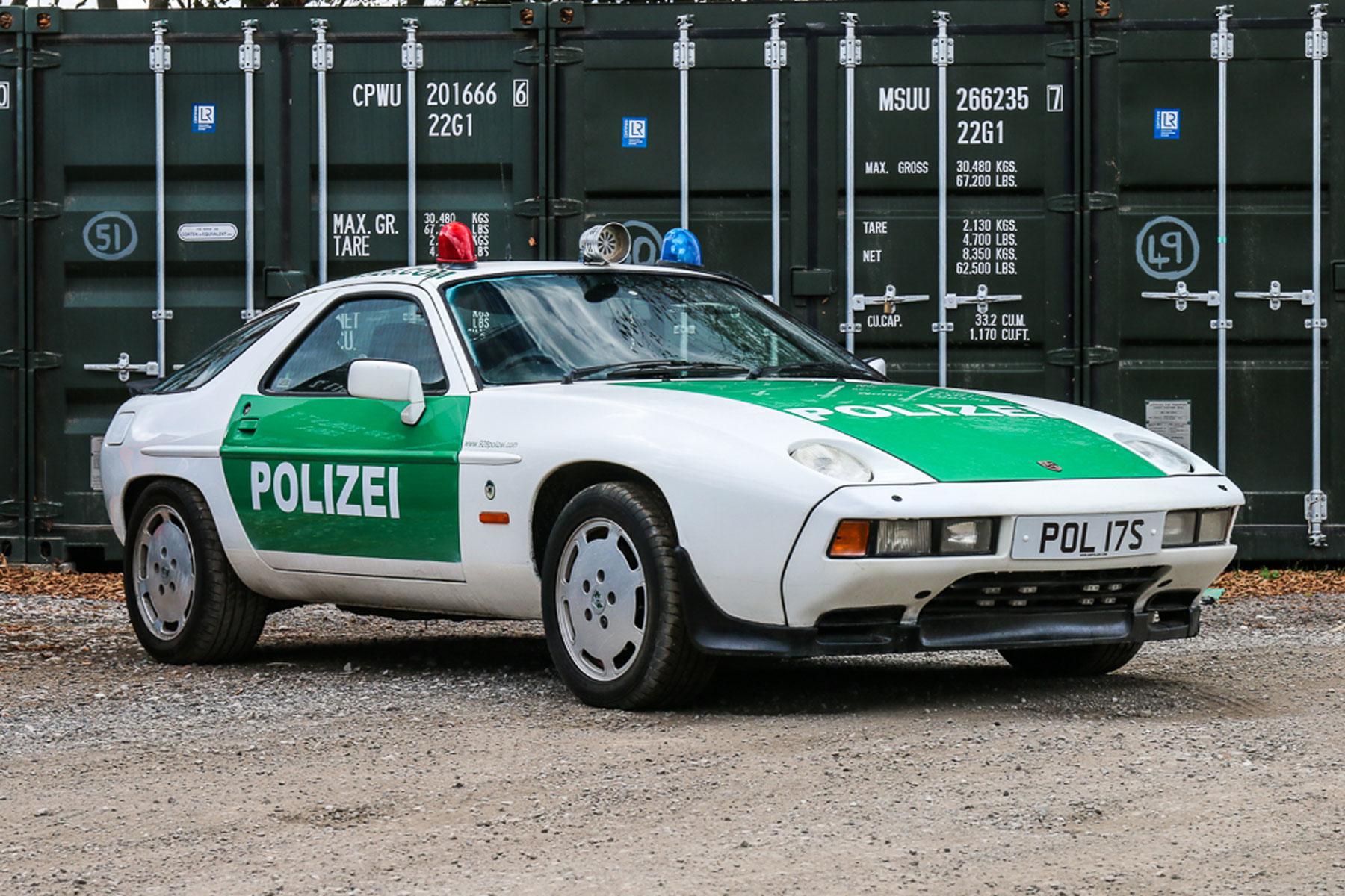 Polizei Porsche 928 S2