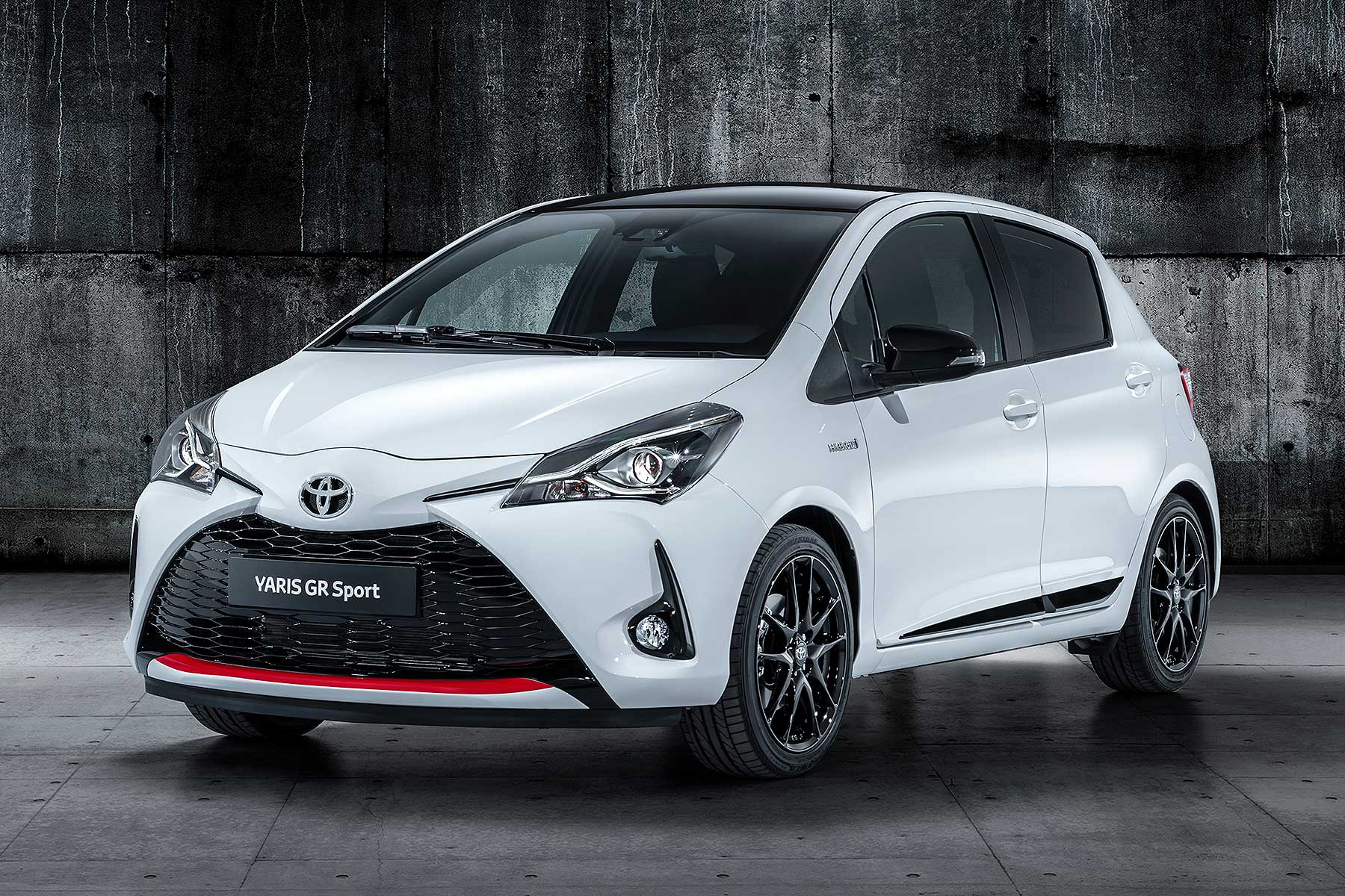 toyota yaris gr sport is a hybrid hot hatch motoring. Black Bedroom Furniture Sets. Home Design Ideas