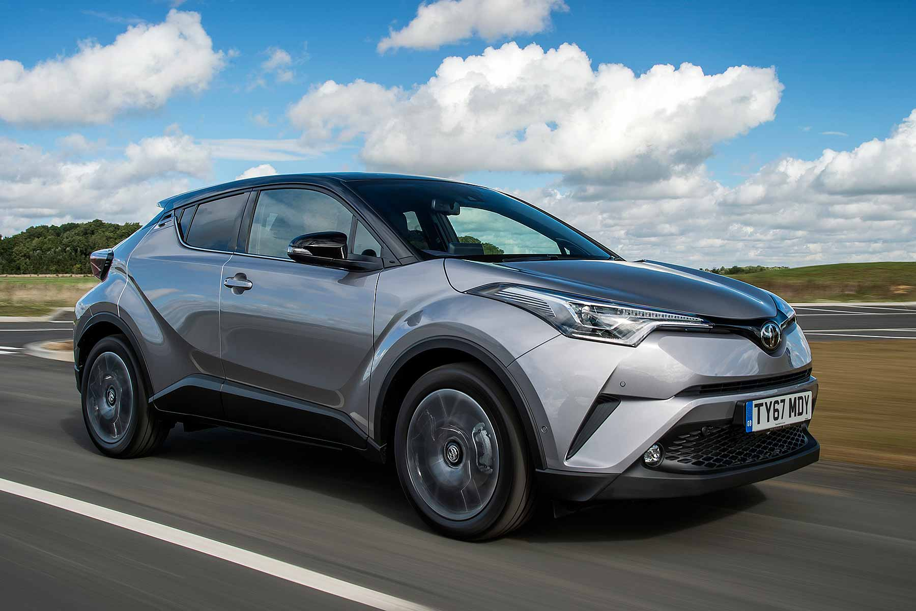 toyota  hr hybrid motoring research