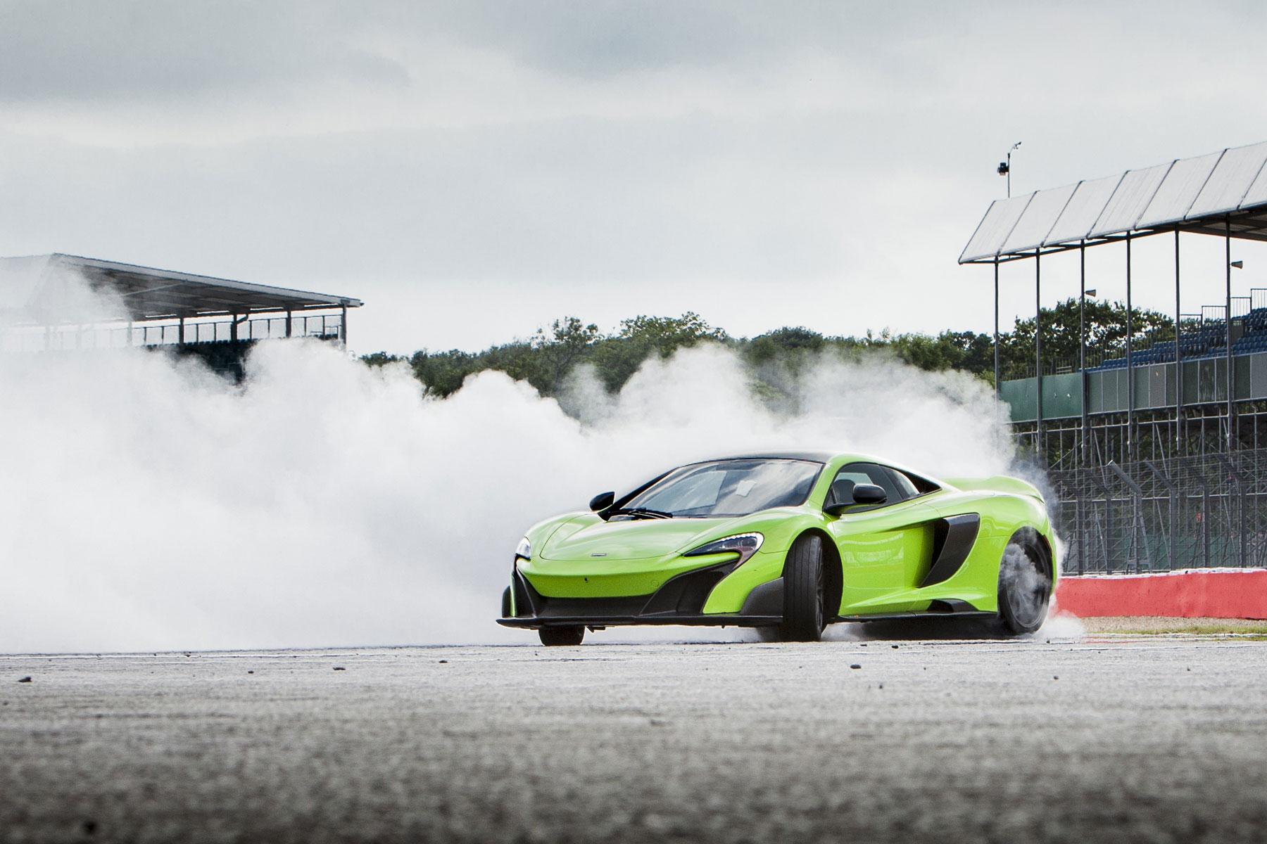 McLaren 675LT – 2.9 seconds