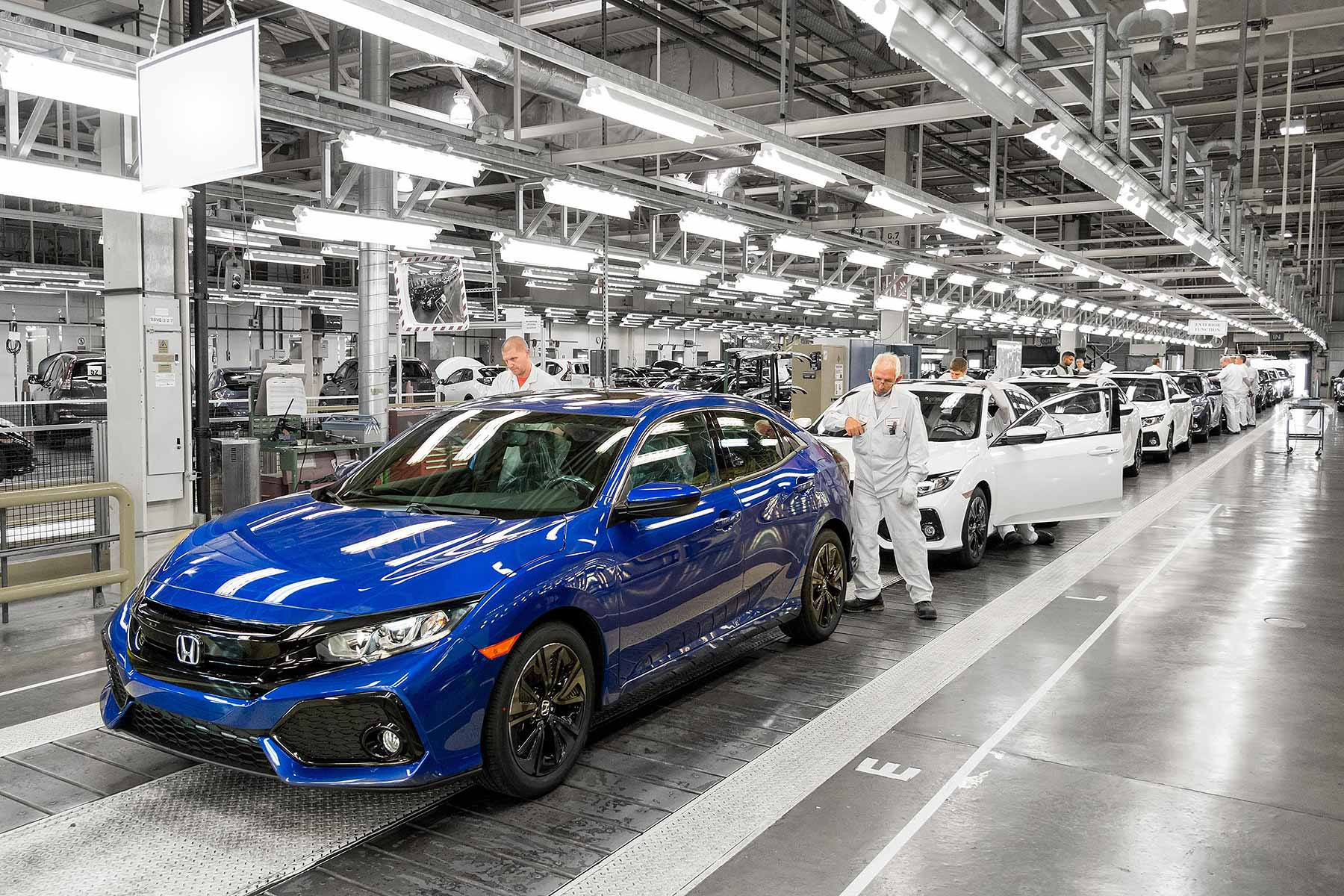 Honda Civic new car production at Swindon, England