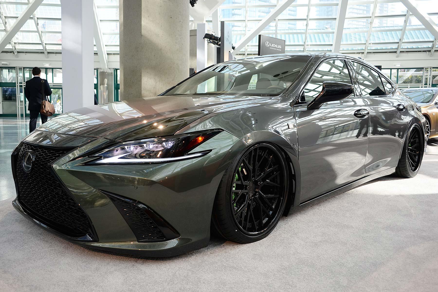 Modified Lexus ES