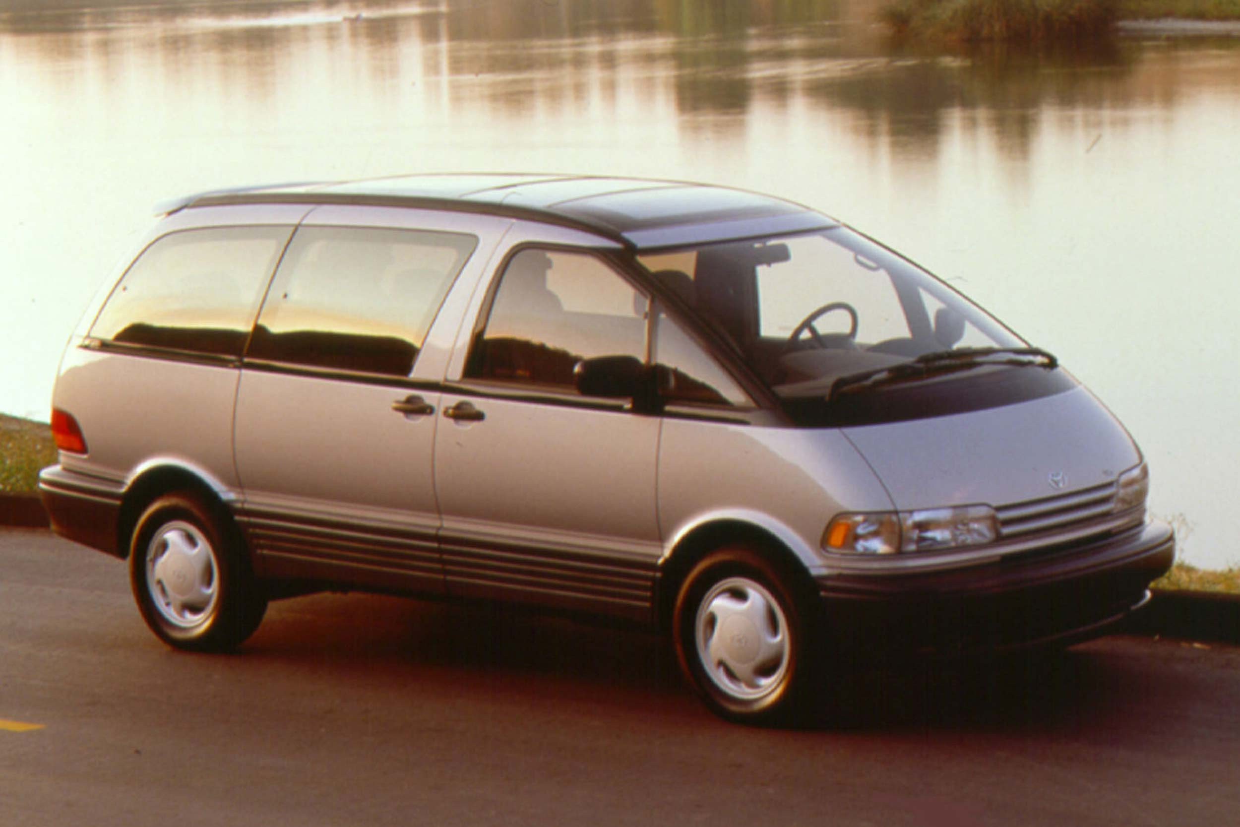 1994-1997 Toyota Previa