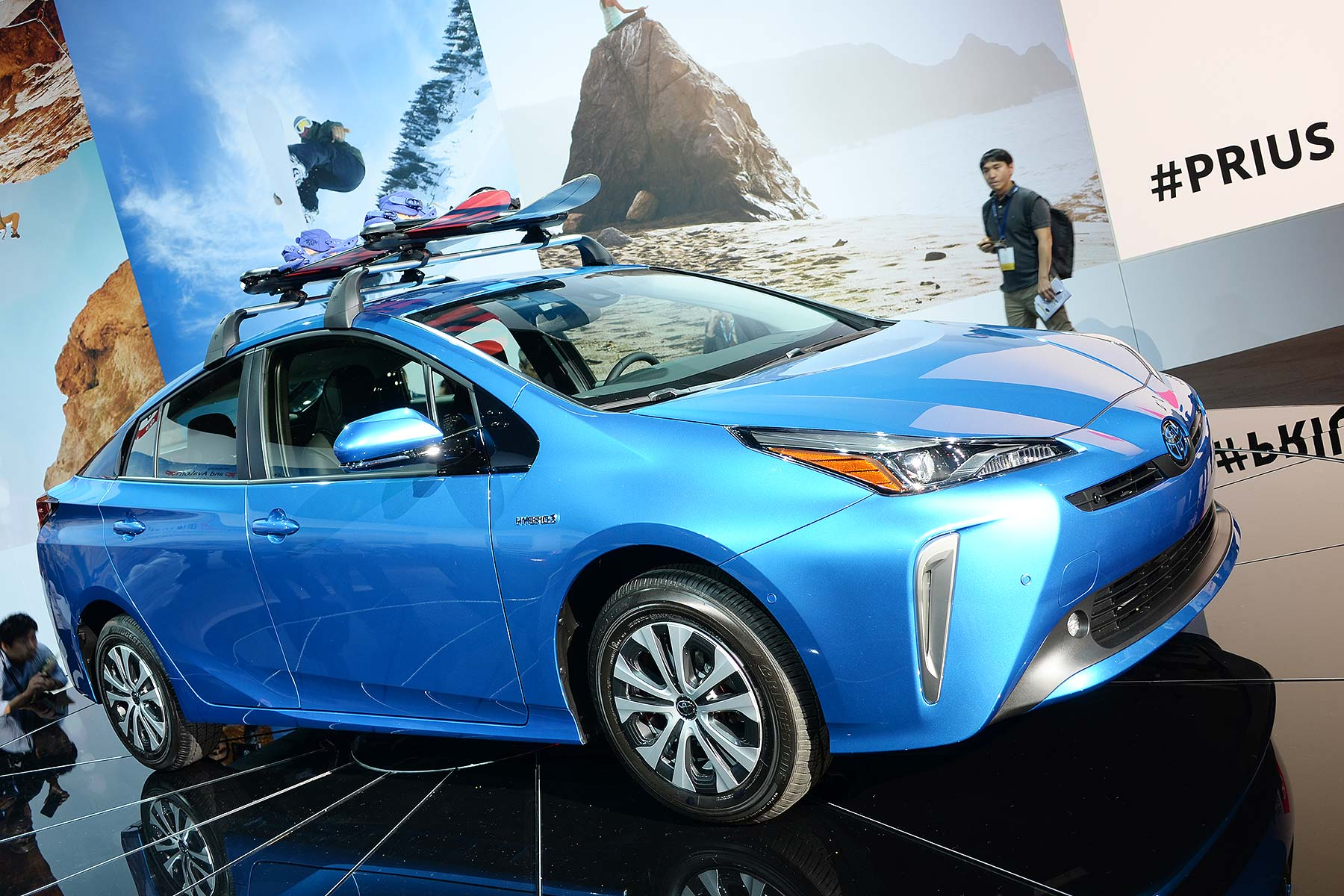 Toyota Prius Hybrid AWD-e
